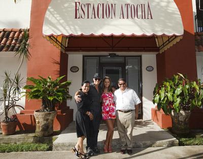 Con los periodistas Lilliana Mora y Rogelio Benavides.