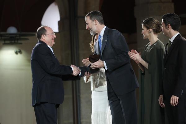 Carlos Moro condecorado con el Premio Nacional de Innovación
